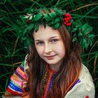 Девушка осень :: Мадина Огорелкова