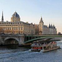 Париж :: skijumper Иванов