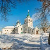 Успенская церковь в Слободе :: Юлия Батурина