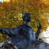 Памятник Есенину :: Lersa