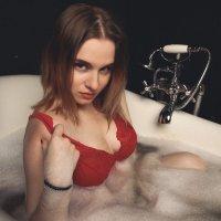 Душевая русалка :: Ксения Михайленко