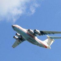 Взлёт Ил - 76 ТД :: Андрей Снегерёв
