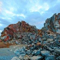 Скалы острова Ольхон :: Анатолий Иргл