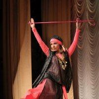 Танец. :: Александр Кемпанен