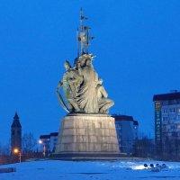 Памятник.Основателям города Сургут. :: Олег Петрушов