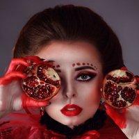 "Арт -проект ""Красная ягода"" (гранат) :: Любовь Кастрыкина"