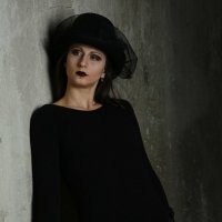дело в шляпе :: Анжелика Дедикова