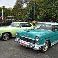 Cadillac & Chevrolet bel air 1956 :: Vit