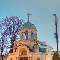 Часовня у храма Марии-Магдалины :: Александр Корчемный