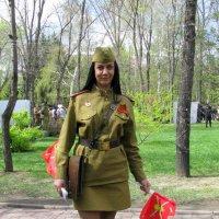 Девушка-солдат :: Марина Таврова