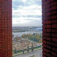 Из узкого окна :: Галина Каюмова