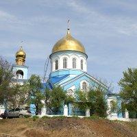 Церковь в поселке Боково-Платово. :: Владимир Усачёв