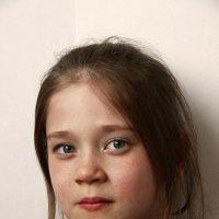 Девочка с времен войны. :: Дарья Симонова