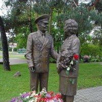 «Люди Победы» - памятник ветеранам Великой Отечественной войны :: Тамара Бедай