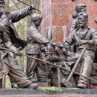 Ковавшим Победу в тылу :: Nina Karyuk