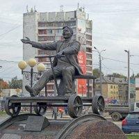 Памятник Йывану Кырле :: Галина Каюмова