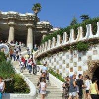 Барселона, лестница в парке Гуэль :: Lüdmila Bosova (infra-sound)