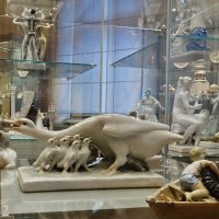 В музее декоративно-прикладного творчества :: Игорь