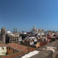 Панорама Барселоны с крыши кафедрального собора :: Андрей Бондаренко