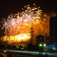 Салют 9 мая над Москвой :: Оксана Пучкова