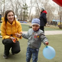 Взрослые и дети :: Марина Щуцких