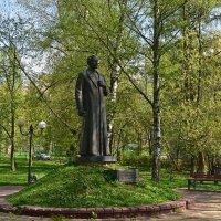 г. Дзержинский, ул. Дзержинская, памятник Дзержинскому… :: Наташенька *****