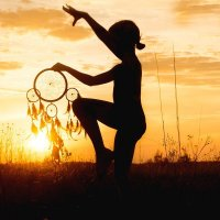 Танцы с амулетом :: Анастасия Агафонова