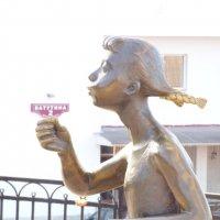 """Девушка с адресом и """"мыльными пузырями."""" :: Alexey YakovLev"""
