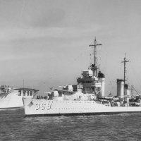 """USS """"Raid"""" (DD -369) & USS"""" Lexington"""" (CV -2). :: Александр"""