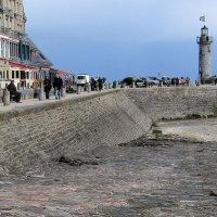 Маяк в Канкаль, море ушло... :: ZNatasha -