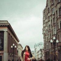 Уличная красотка . :: Александр