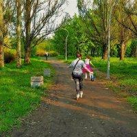 Убегающие в юность... :: Sergey Gordoff