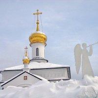 Трубящий ангел :: Галина Каюмова