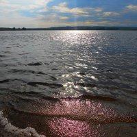 на озере :: Владимир Суязов