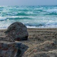 На берегу Средиземного... :: Vanda Kremer