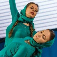 Танец :: Oleg Sharafutdinov