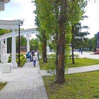 Прогулки по городу (Чебоксары). Парк :: Михаил Николаев