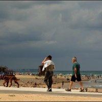 На пляж. :: Leonid Korenfeld