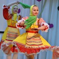 Алтайская плясовая. :: Лариса Красноперова