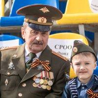 С дедом на Параде! :: Cтанислав Анатольевич Курбатов