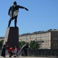 Этюд с птичкой на плече :: sv.kaschuk