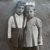 ДЕТИ, 15 июня1941г, мои брат и сестра. :: Виктор Осипчук