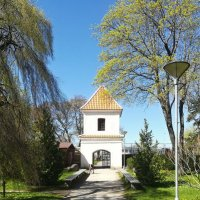 Вход- башенка к стенам монастыря Святой Бригитты :: veera (veerra)