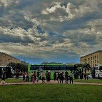 Лето над площадью Растрелли... :: Sergey Gordoff