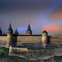 Вечерняя панорама Каменец-Подольской крепости :: Sergey-Nik-Melnik Fotosfera-Minsk