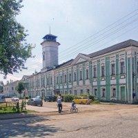 Здание магистрата в Вышнем Волочке :: Галина Каюмова