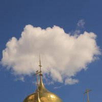 Купол собора и облако :: Gen Vel