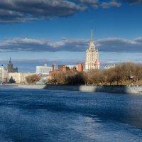 Весенний город :: Ирина Шарапова