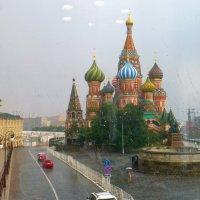 Дождик над Собором Василия Блаженного. :: Alexey YakovLev