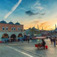 Закат в Эминёню, Стамбул :: Ирина Лепнёва